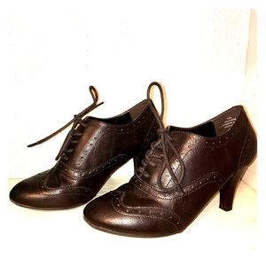 Brown Faux Leather Oxford Heels